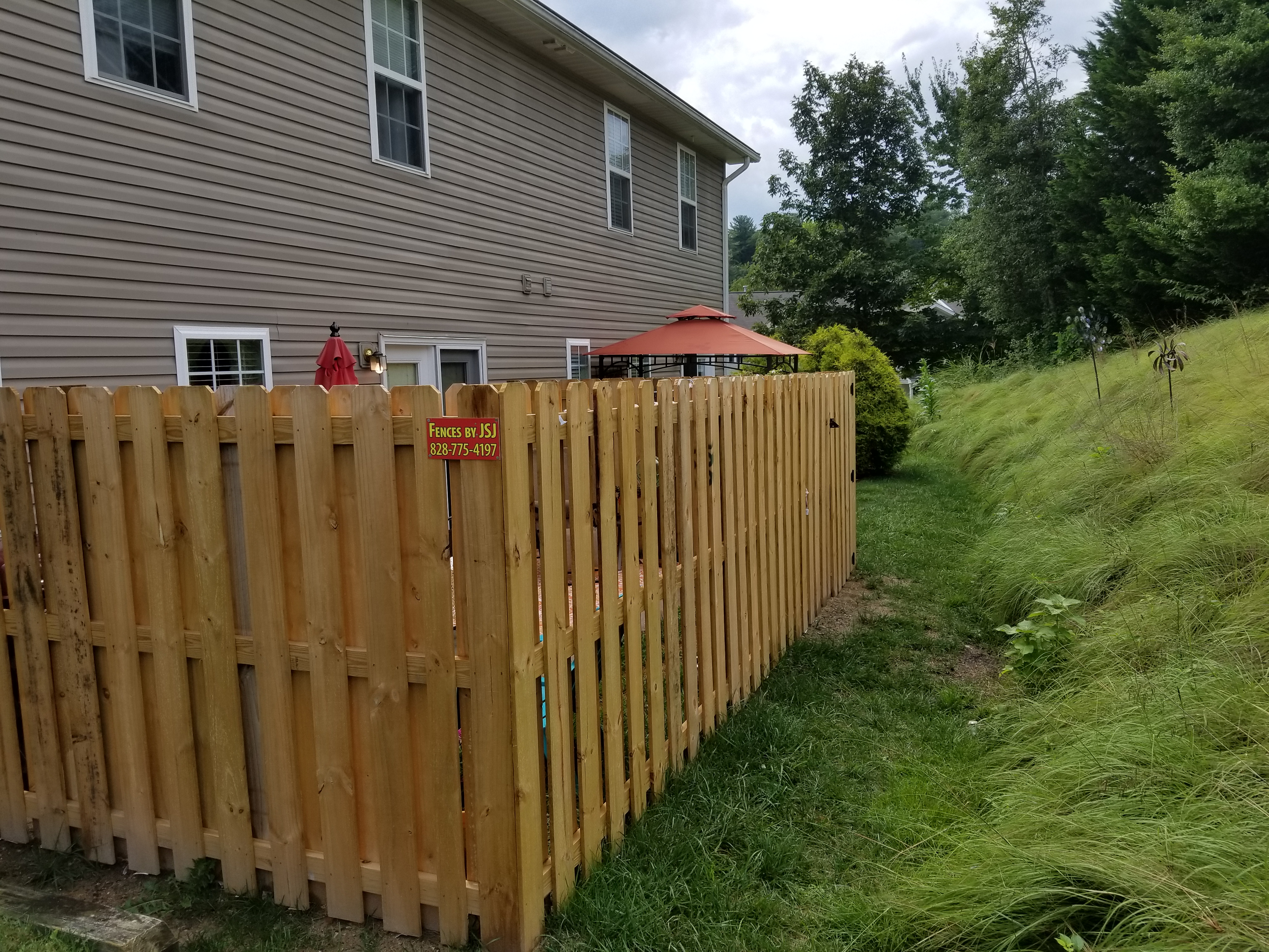 Shadow Box Wood Fence Installer In Asheville Nc Jsj Fencing